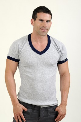 Whittall & Shon V-Neck T-Shirt Grau